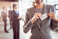 如何应对职场性骚扰