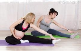 顺产后多久能练瑜伽