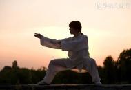 太极拳怎么练习