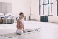 瑜伽怎么练腰