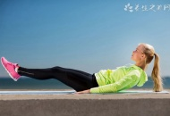平板支撑可以练腹肌吗