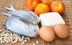 西红柿炒鸡蛋先放什么