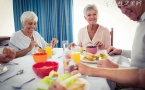 老年人降低血压的方法