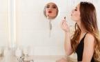 如何预防冬季嘴唇干裂