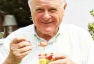 老人如何预防消化不良