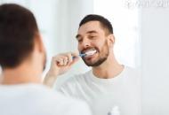 男性口臭是什么原因引起的