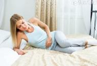 怀孕初期小腹隐隐作痛怎么回事