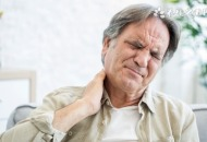 老人突然眩晕是什么原因
