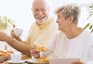 老年人吃哪种盐比较好