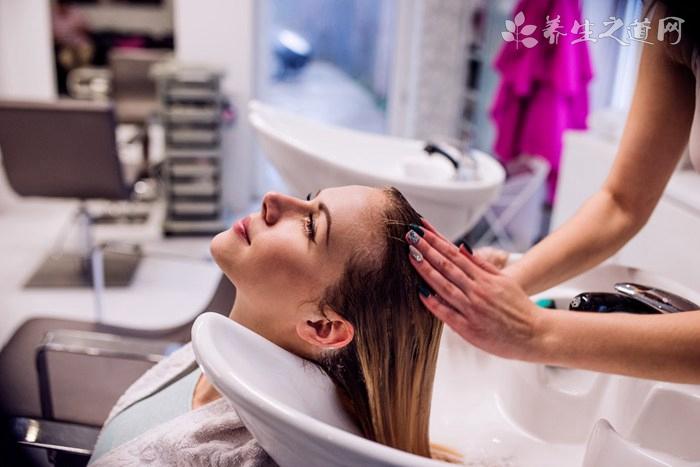 干性头发用什么洗发水