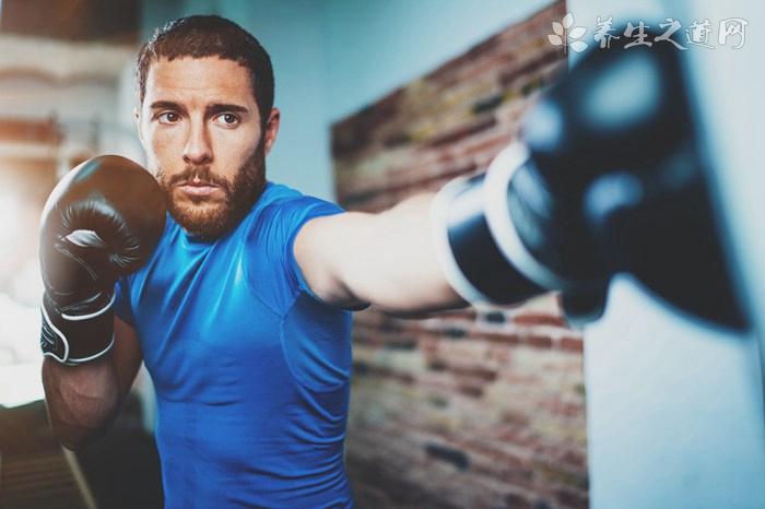 练跆拳道怎么拉韧带 跆拳道常见的练习方式