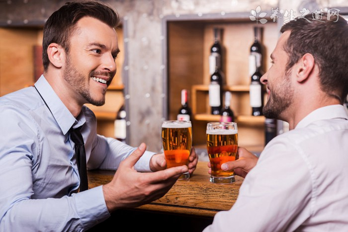 喝啤酒为什么会胖