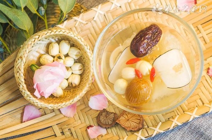 鲜粟子鸡肉汤的营养价值