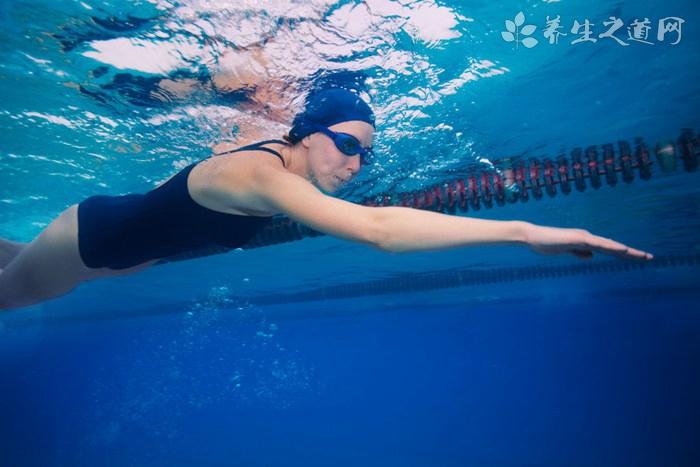 游泳怎么学憋气