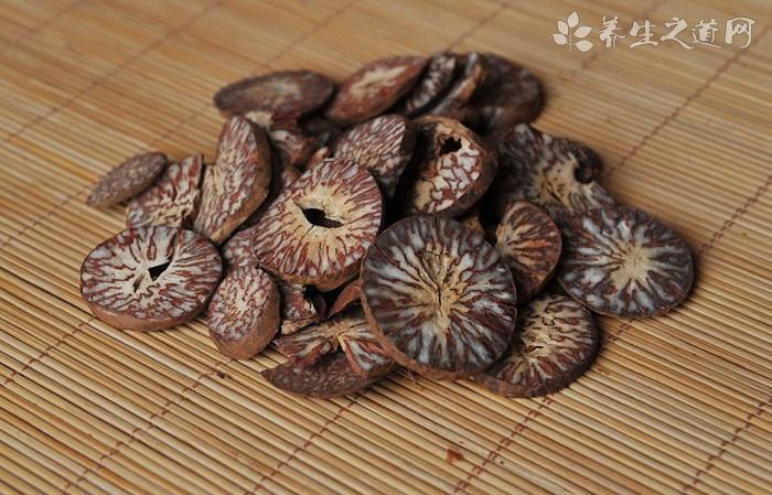 樟树皮的药用价值_樟树皮的副作用