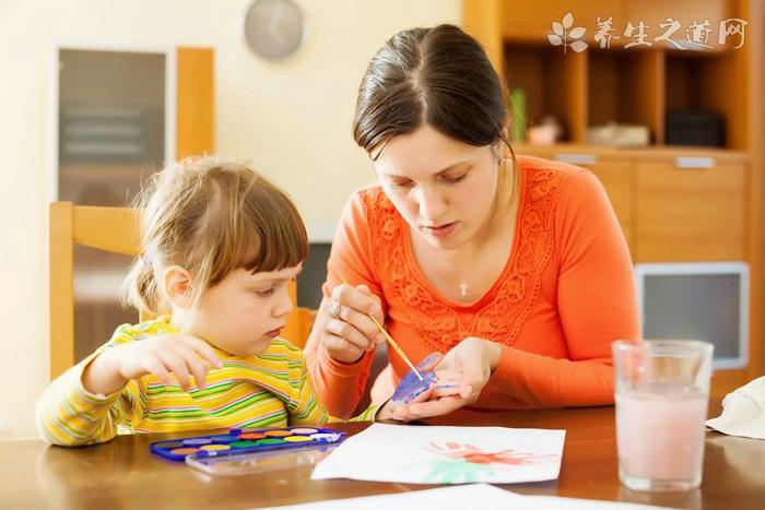 3岁小孩爱哭如何教育