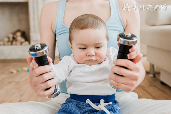 八个月的宝宝发育标准