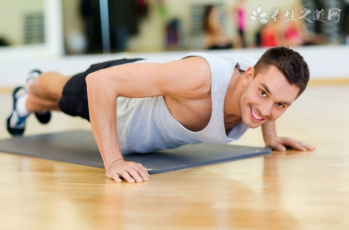 舒缓颈椎的瑜伽动作