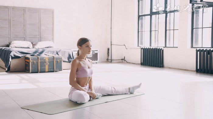 瘦腰的瑜伽动作有哪些