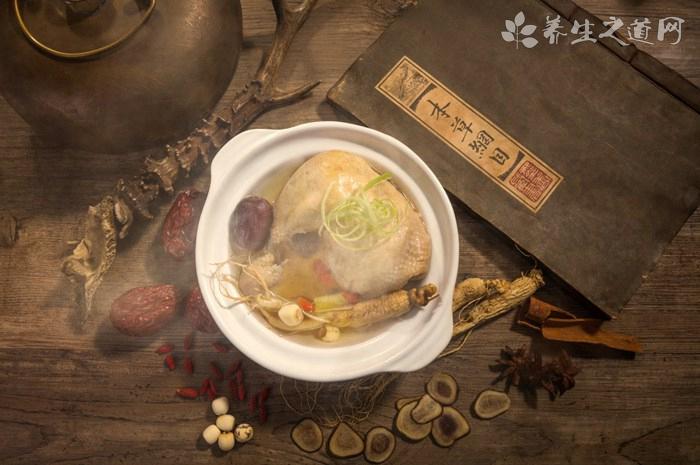 做鲜笋土鸡汤放什么调料