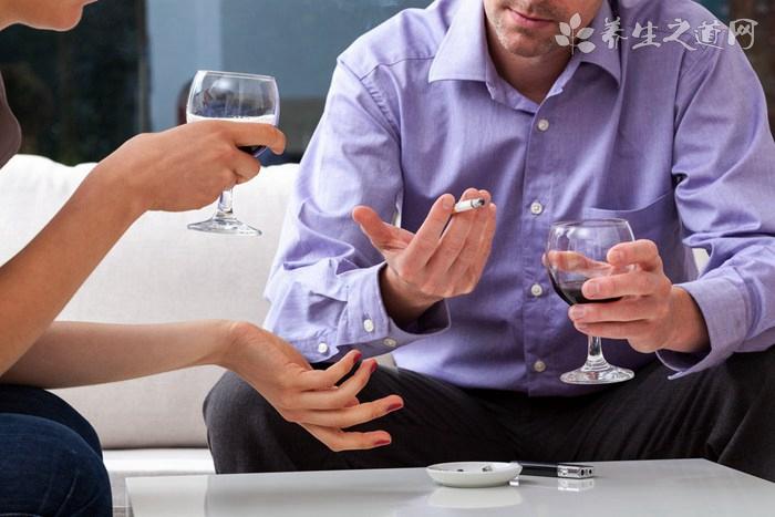 长期吸烟喝酒会导致少精吗