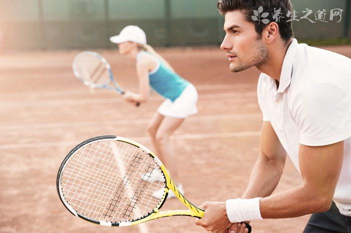 网球发球是怎么发的 - How is the tennis serve