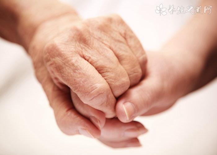 老人出现血栓的表现