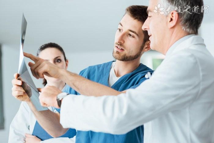 如何诊断老年颈椎病