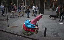 运动行为艺术超越空间的限制