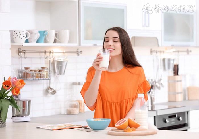 生活中十种人不宜喝牛奶