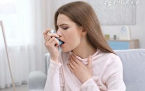 胸闷气短呼吸困难怎么办