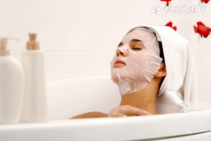 春季脸部皮肤美白保养方法 温和去角质即可改善肌肤