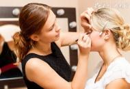 打造完美新娘彩妆的小技巧