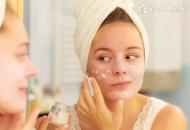 做好T区清洁 去油收毛孔令肌肤更细腻