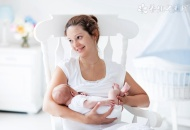 【新生儿母乳喂养方法】新生儿母乳喂养姿势
