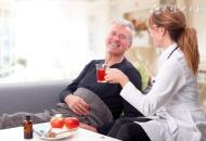 如何关爱老人心理健康