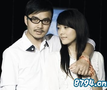 杨乐乐和汪涵的婚纱照_杨乐乐和汪涵当年的结婚照,汪涵的前妻是谁