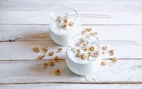 喝酸奶的最佳时间_什么时间喝酸奶最好