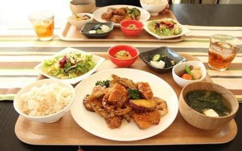 一日三餐该如何吃_一日三餐的健康吃法_养生
