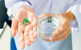 肝功能中谷草转氨酶偏高的原因有哪些