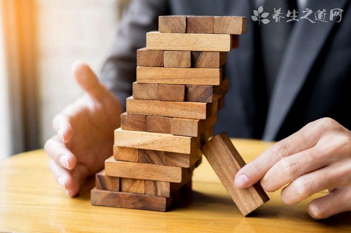 员工对于风险的厌恶会转换成压力