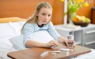 女子颜面黑变病引发什么疾病