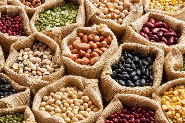 胆固醇高吃什么好 10种食物能降低胆固醇