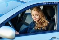 女司机逆行拖交警 驾驶车辆时要注意什么