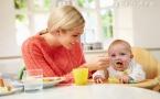 女总理哺乳被偷拍 母乳喂养多久最好