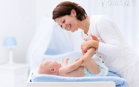 52个妙招护理好刚出生的婴儿
