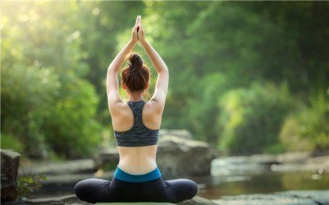 """这样做,""""硬骨头""""也能变成瑜伽达人!"""