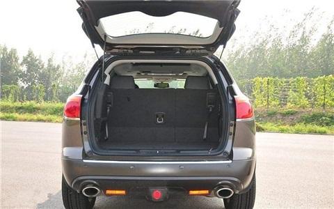 汽车后备箱逃生方法,关键时刻能救命