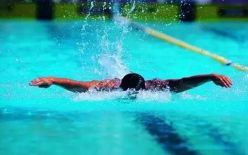 自由泳如何换气?掌握4个要领摆脱困惑