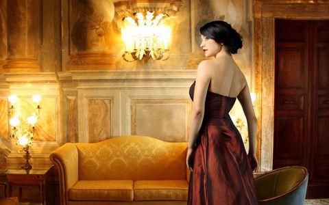 佟丽娅走光下体清晰可见 佟丽娅未穿内裤露出黑森林